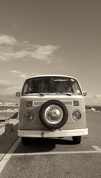 stare samochody na starych fotografiach